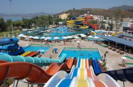 turacac-yali-castle-aquapark-izmir