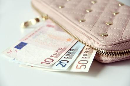 wallet-867568_960_720